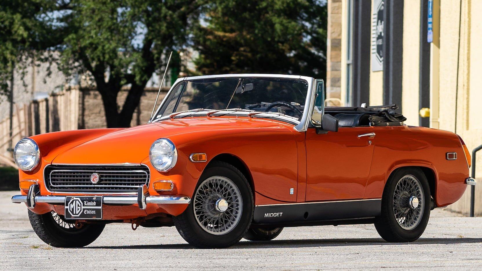 Green MG Midget - Lyons Garages Classic Car Restoration