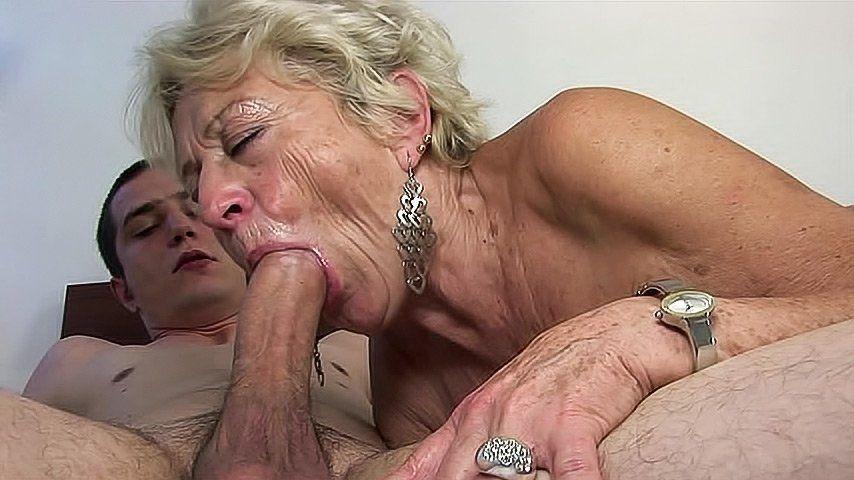 Older woman blowjob