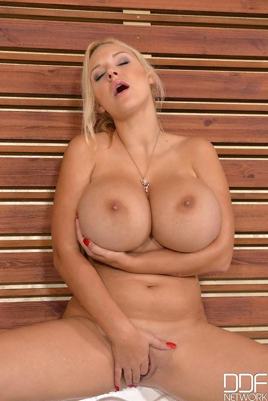 Curvy blonde big tits