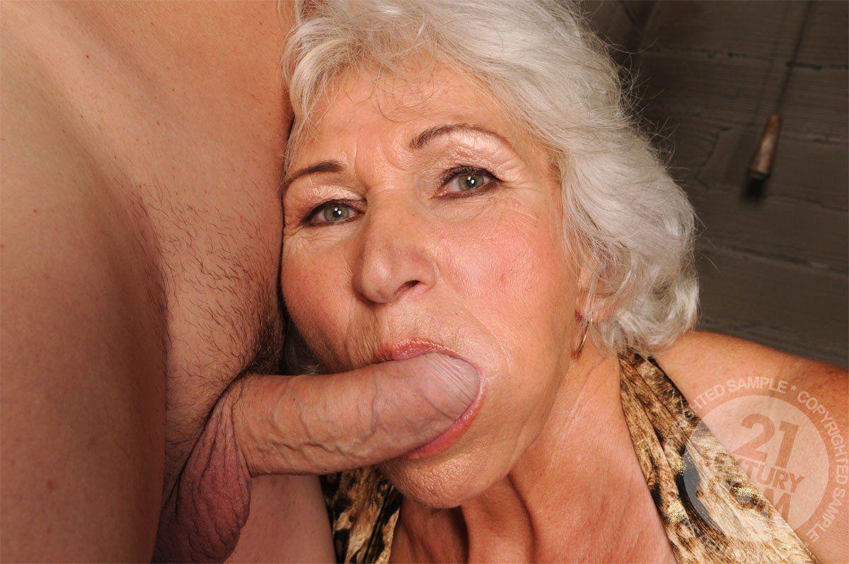Banjo reccomend older woman blowjob